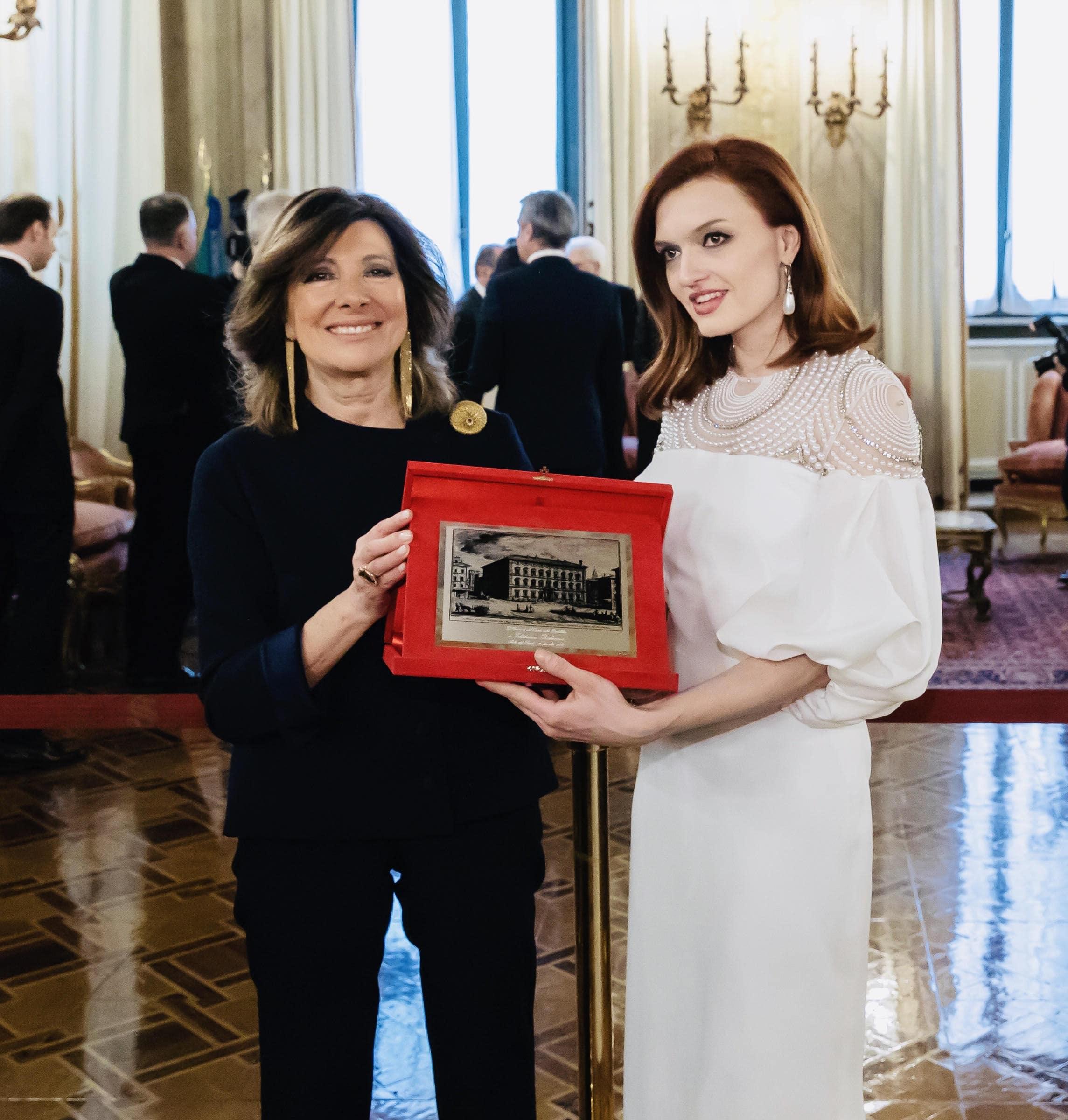 Ekaterina Bakanova con il Presidente del Senato della Repubblica Italiana Maria Elisabetta Alberti Casellati